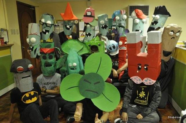plants-vs-zombies-cosplay
