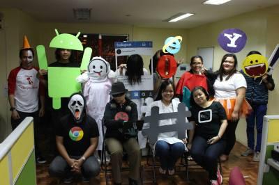halloween-costume-players
